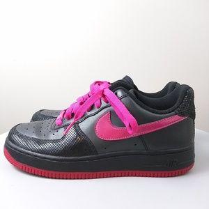 Nike women's AF1 black vivid pink size 6.5